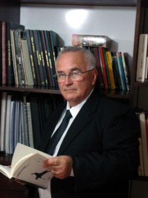 CHICO LOPES PASSA A TER CADEIRA NA ACADEMIA POÇOS-CALDENSE DE LETRAS